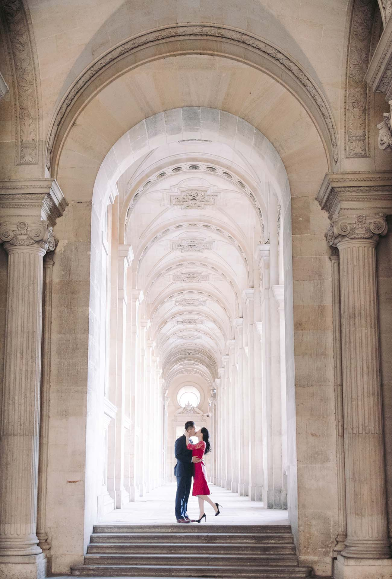 the streets of the louvre museum in paris offer us incredible places for photos